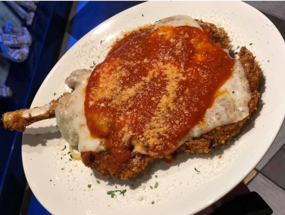 Veal Parmesan in Wilmington Delaware Take Out 2020